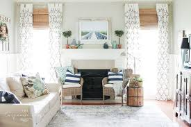 Simple Summer Mantle Ideas